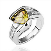 Gorgeous Crystal 18K Gold Triang Crystal Fashion Ring (More Colors)