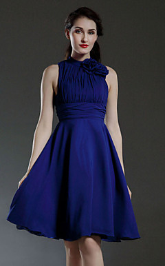 A-line High Neck Knee-length Chiffon Bridesmaid/Wedding Party Dress