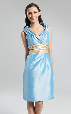 Sheath/Column V-neck Knee-length Taffeta Bridesmaid Dress