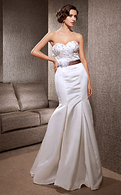 Trumpet/Mermaid Sweetheart Sweep/Brush Train Satin Wedding Dress