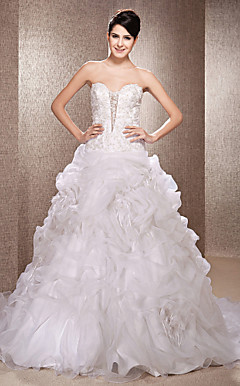 Ball Gown Strapless Court Train Lace And Organza Wedding Dress