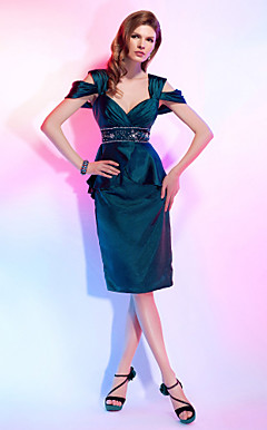 Sheath/Column Off-the-shoulder Knee-length Stretch Satin Cocktail Dress