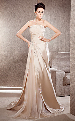 Sheath/Column Strapless Court Train Satin And Organza Wedding Dress
