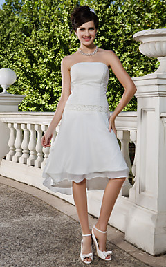 Sheath/Column Strapless Knee-length Asymmetrical Chiffon Wedding Dress