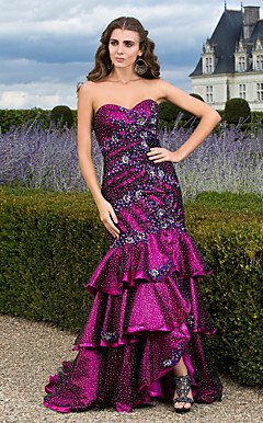 Trumpet/Mermaid Sweetheart Sweep/Brush Train Tulle Evening Dress With Tiered Skirt
