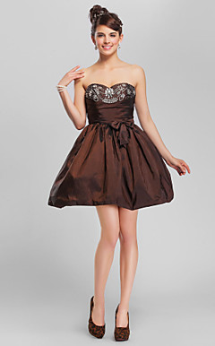Ball Gown Sweetheart Short/Mini Taffeta Cocktail Dress