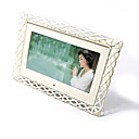 7-inch Digital Picture Frame + Free 2GB SD Card F67 (SMQ019)