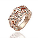 Gorgeous Cubic Zirconia 18K Gold Plated Crisscross Fashion Ring